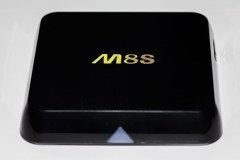 Bqeel-M8S-4K-OTT-TVBox-Box_SeiteC