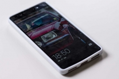 Silikon-Schutz-Hülle-Huawei-Honor-7-Mädchen-Kleid_eingesetzt_front