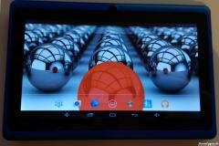 Dragon Touch Y88X Tablet eingeschalten