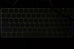 Supremery---Bluetooth-Tastatur-HB186_Tastatur_beleuchtung2